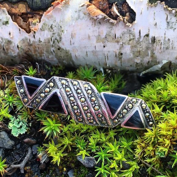 Vintage Jewelry - Vintage Sterling Silver Onyx & Marcasite Brooch
